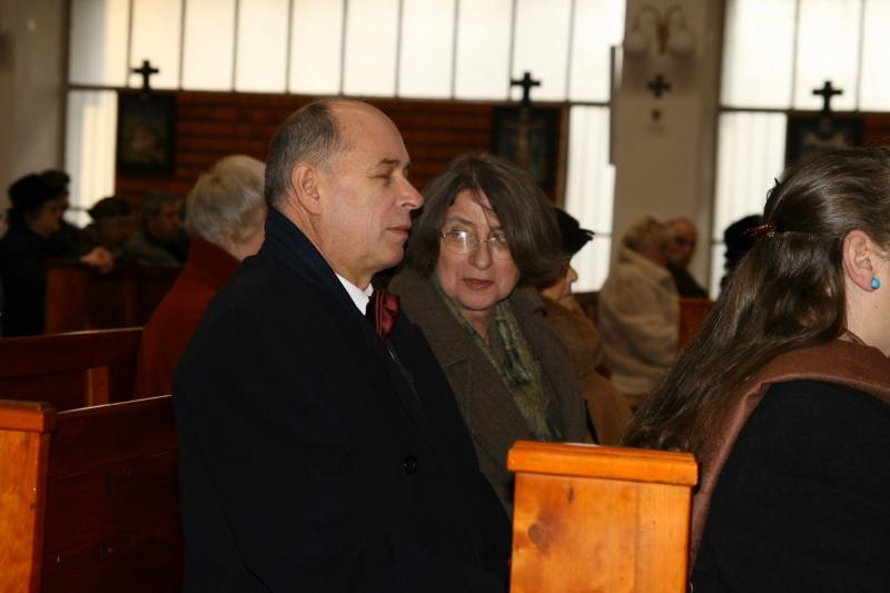 Opa en oma in de kerk
