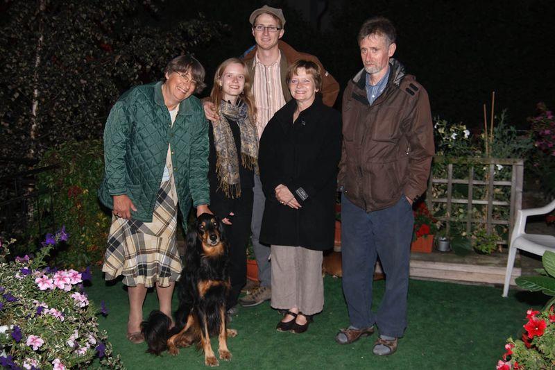 img_3570ZdjÄ™cie grupowe na tarasie, ja, Hanne i nasi rodzice