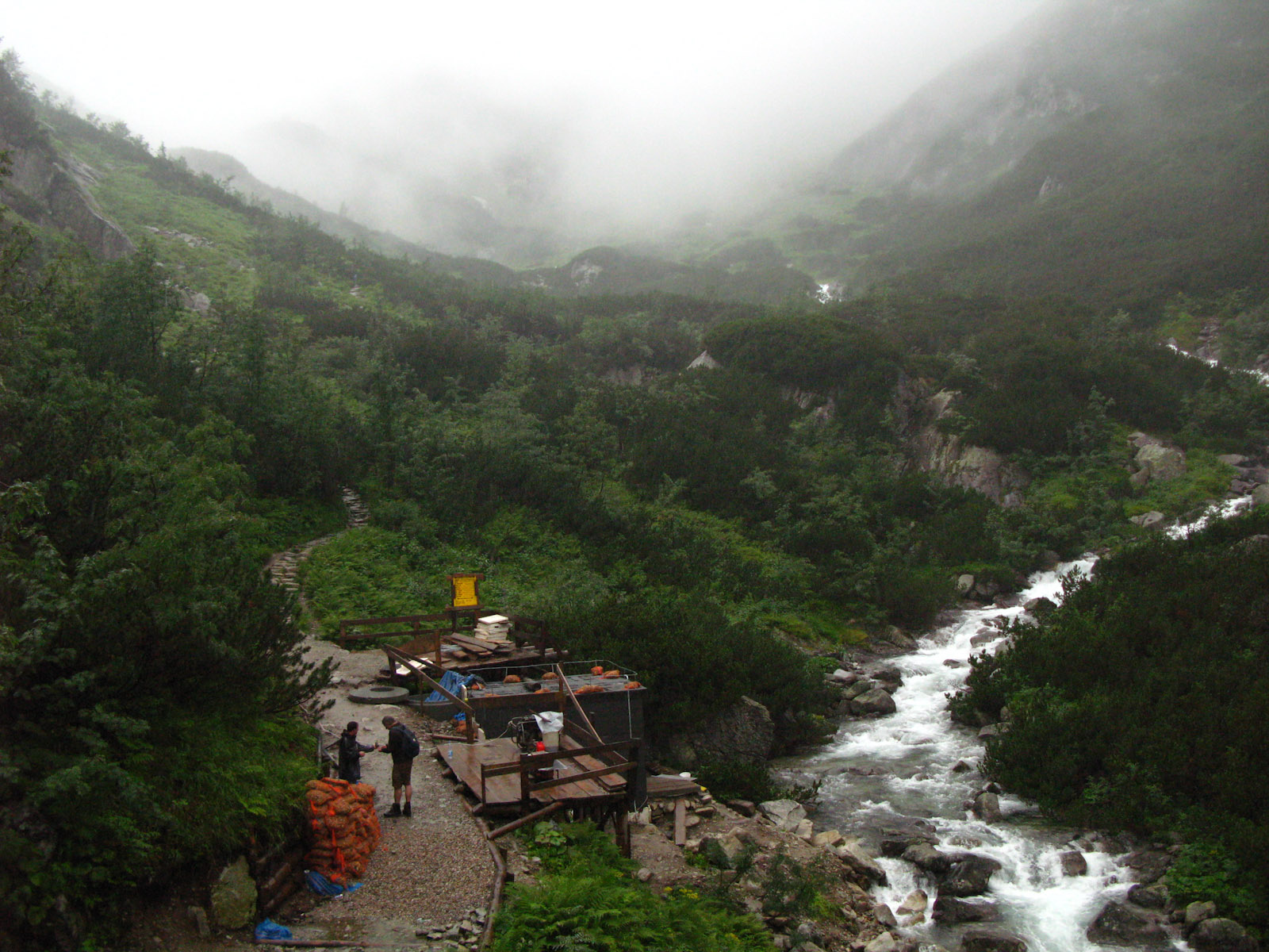 Roztoka Valley before Siklawa Waterfall - beautifull weather isn\'t it?