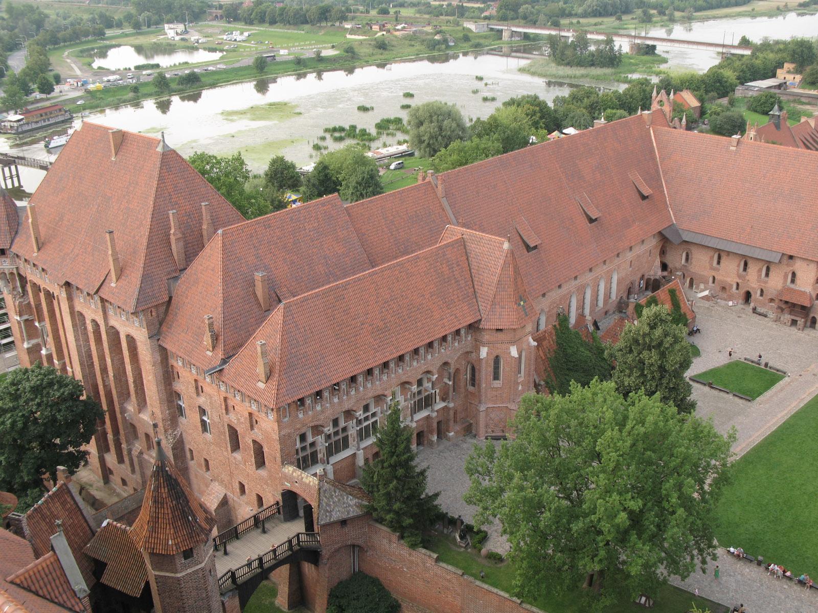 Het zicht van de toren van Vesting-Kasteel van Duitse Orde in Malbork