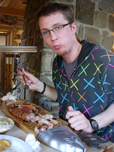 Bronek eating for the rest of the week - Ribs at Pstrąg Górski Restaurant, Krupówki street
