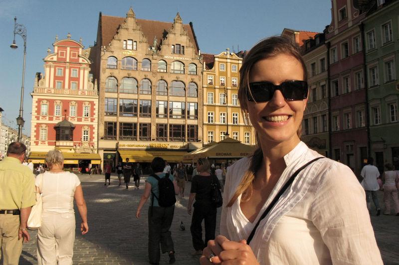 Kasia op de grotem markt van Wrocław